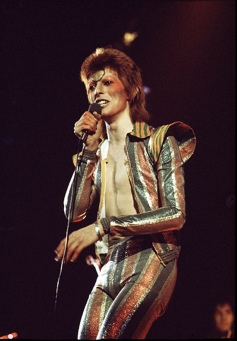 David-Bowies-performs-as--005